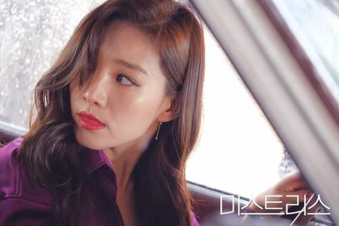 Nạn ngoại tình trên phim Hàn: Phận người thứ ba có đáng thương hay không? - ảnh 3