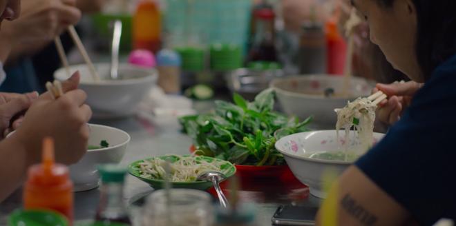 Hoang mang thông điệp của về ẩm thực đường phố Việt Nam của Netflix: Phở không phải là món nước? - ảnh 12