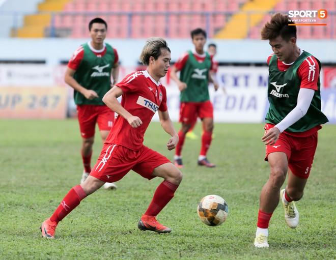 Thống kê bất ngờ, Văn Toàn trở thành cầu thủ có tầm ảnh hưởng nhất ở V.League hiện tại - Ảnh 2.