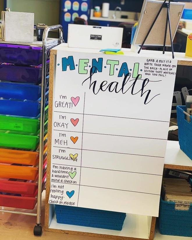 Cô giáo sáng tạo ra chiếc bảng check-in cảm xúc giúp đỡ học sinh thoát khỏi trầm cảm và tự tử - ảnh 5