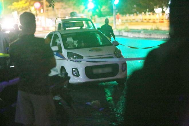 Hà Nội: Phát hiện nữ tài xế bị đâm trọng thương trên xe taxi, nghi bị sát hại do mâu thuẫn tình cảm - Ảnh 6.