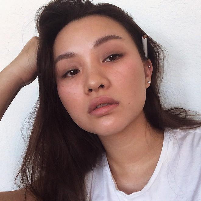 Câu chuyện 9 năm lột xác từ tomboy thành gái xinh với thân hình đồng hồ cát nóng bỏng trên Instagram thu hút dân mạng - ảnh 9