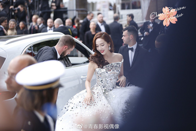Màn xuất hiện gây mê, siêu sang chảnh không khác gì công chúa của Jessica Jung tại LHP Cannes - ảnh 2
