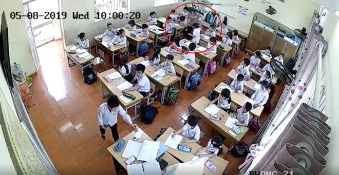 Mẹ nam sinh lớp 2 ở Hải Phòng đăng clip cô giáo tát tới tấp con mình, dùng thước vụt mạnh nhiều em khác - ảnh 3