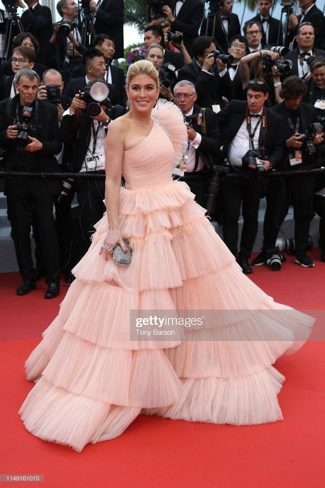 Muốn lịm đi với màn tập hợp váy công chúa ngày khai mạc Cannes 2019, bộ nào cũng bồng bềnh thần tiên quá đỗi - ảnh 19
