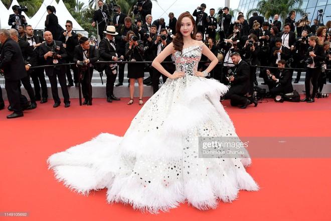Muốn lịm đi với màn tập hợp váy công chúa ngày khai mạc Cannes 2019, bộ nào cũng bồng bềnh thần tiên quá đỗi - ảnh 7