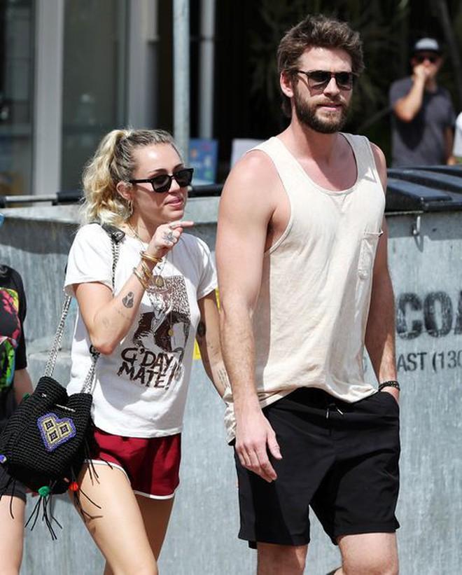 6 cặp đôi 9X đáng ngưỡng mộ nhất Hollywood: Mối tình của Justin hay Miley không xúc động bằng sao nhí Zack & Cody - ảnh 19