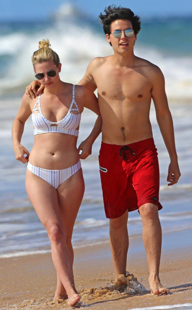 6 cặp đôi 9X đáng ngưỡng mộ nhất Hollywood: Mối tình của Justin hay Miley không xúc động bằng sao nhí Zack & Cody - ảnh 35