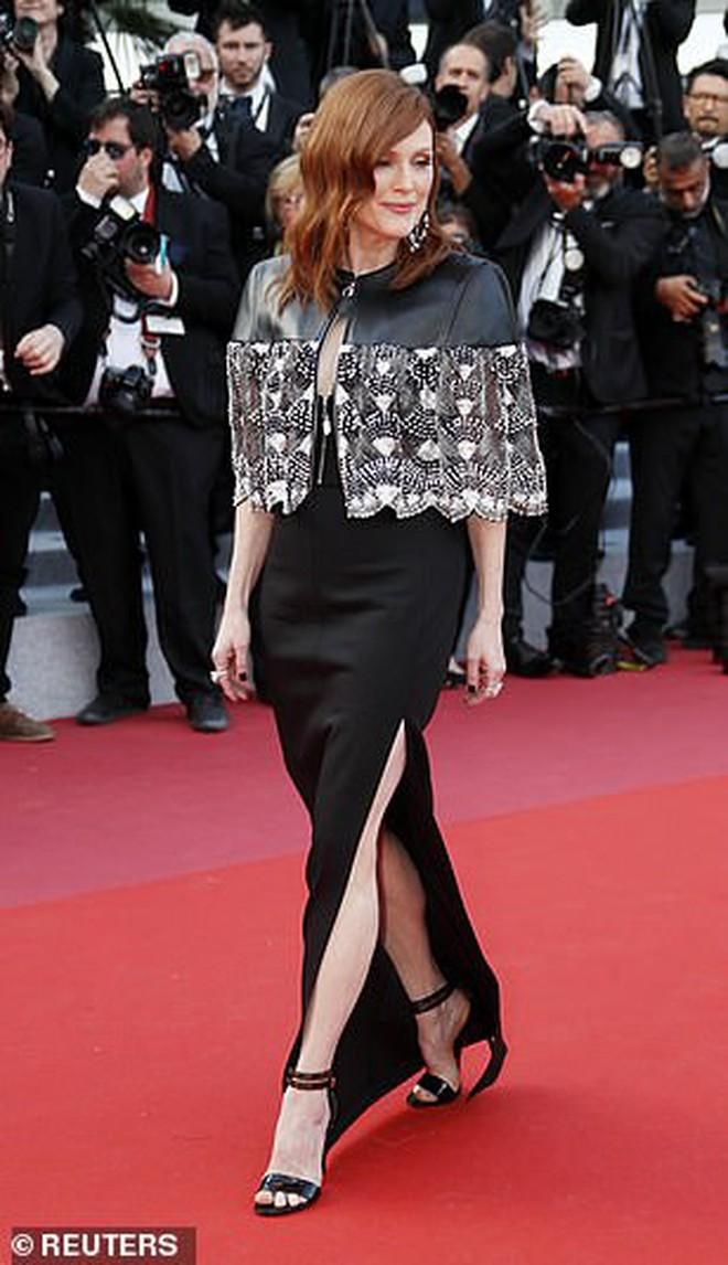 Thảm đỏ Cannes ngày 2: Thiên thần Victoria's Secret suýt lộ hàng, Phạm Băng Băng Thái Lan xinh như tiên tử - ảnh 19