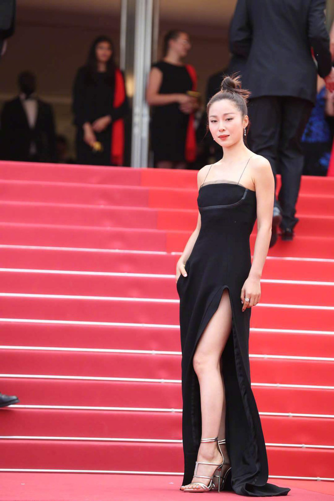 Thảm đỏ Cannes ngày 2: Thiên thần Victorias Secret suýt lộ hàng, Phạm Băng Băng Thái Lan xinh như tiên tử - Ảnh 30.