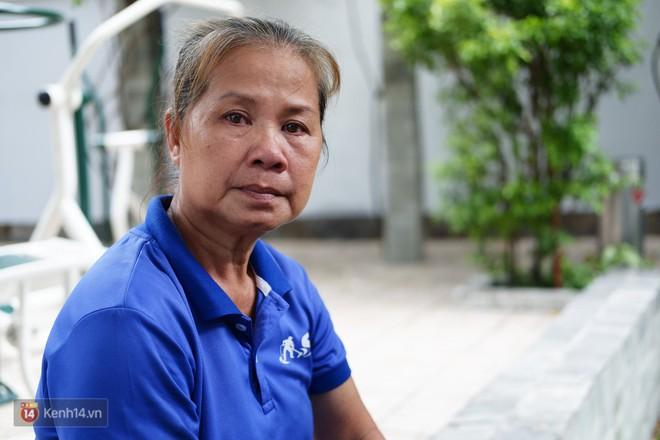 Nhặt được 7.400 USD trong bao rác, hai mẹ con cô lao công ở Sài Gòn trả lại cho khách Tây: Em muốn sống bằng chính đồng tiền mình tạo ra - ảnh 6