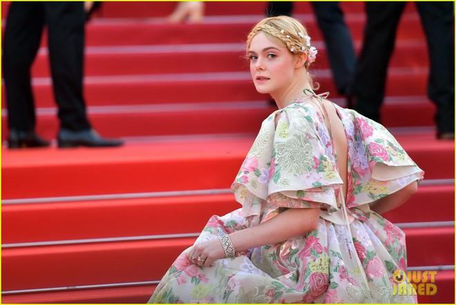 Giữa loạt mỹ nhân sexy ngồn ngộn tại Cannes 2019, có một nàng công chúa cổ tích đẹp nao lòng bước ra đời thực - Ảnh 4.