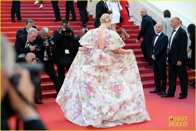 Giữa loạt mỹ nhân sexy ngồn ngộn tại Cannes 2019, có một nàng công chúa cổ tích đẹp nao lòng bước ra đời thực - Ảnh 3.