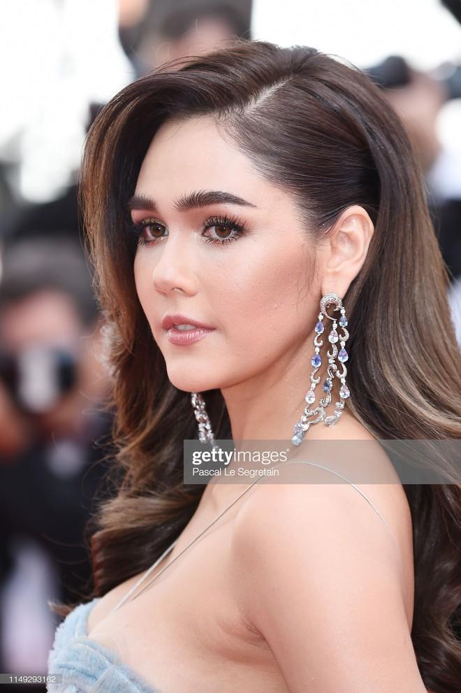 Thảm đỏ Cannes ngày 2: Thiên thần Victoria's Secret suýt lộ hàng, Phạm Băng Băng Thái Lan xinh như tiên tử - ảnh 6