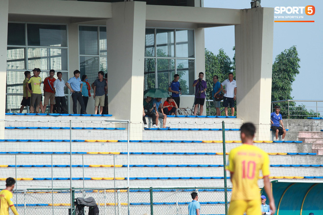 Thi đấu đầy quyết tâm dưới nhiệt độ gần 50 độ C, đàn em Quang Hải nhận cái kết viên mãn trong trận ra quân tại giải Hạng Nhì QG 2019 - ảnh 6