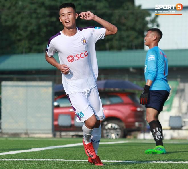 Thi đấu đầy quyết tâm dưới nhiệt độ gần 50 độ C, đàn em Quang Hải nhận cái kết viên mãn trong trận ra quân tại giải Hạng Nhì QG 2019 - ảnh 17
