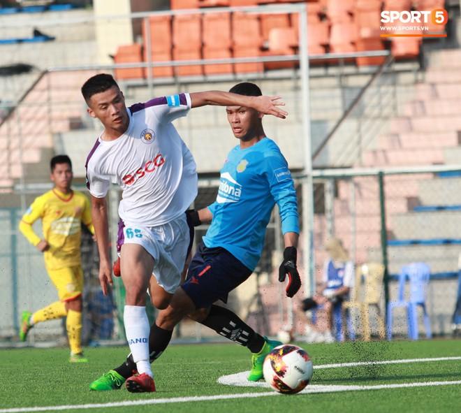 Thi đấu đầy quyết tâm dưới nhiệt độ gần 50 độ C, đàn em Quang Hải nhận cái kết viên mãn trong trận ra quân tại giải Hạng Nhì QG 2019 - ảnh 21