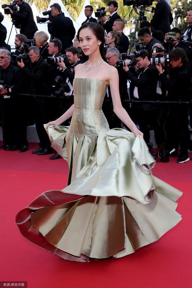 O ép cũng không mặc đẹp bằng ngực lép: Không tin bạn cứ nhìn Cảnh Điềm và tình cũ của G-Dragon tại LHP Cannes 2019 - ảnh 2