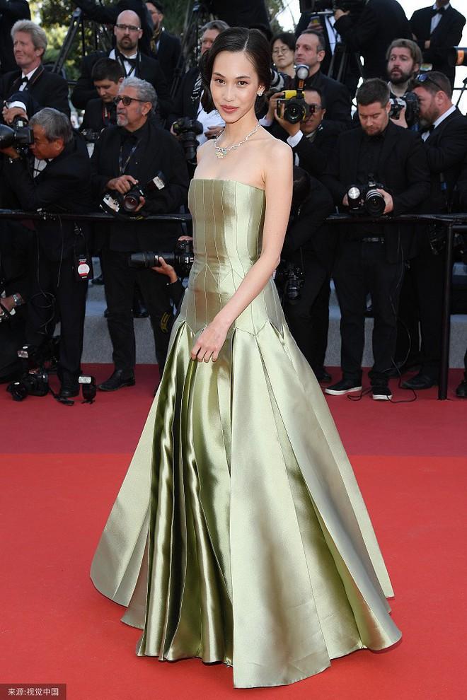 O ép cũng không mặc đẹp bằng ngực lép: Không tin bạn cứ nhìn Cảnh Điềm và tình cũ của G-Dragon tại LHP Cannes 2019 - ảnh 4