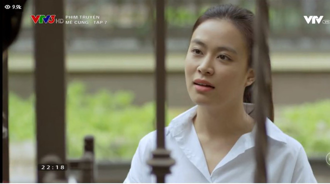 Mê Cung tập 8: Vừa kể mẹ mất sớm, Hoàng Thuỳ Linh vẫn bị mẹ chồng tương lai kiểm tra 1 tiết môn gọt dứa! - ảnh 1