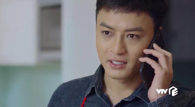 Khổ thân Hoàng Thùy Linh, đóng phim mà chớp nhá lia lịa, vừa đi du học về đã bị... bắt cóc mất hút - ảnh 5
