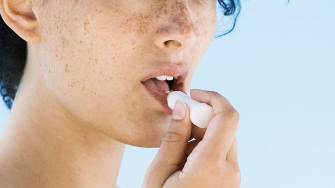 Cục quản lý thực phẩm và dược phẩm Mỹ ban hành hướng dẫn sử dụng kem chống nắng để tránh ung thư da - ảnh 4