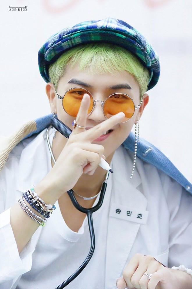 Gặp được bác sĩ như dàn idol Kpop tuyệt sắc này, chắc ai cũng muốn đến bệnh viện để khám bệnh tương tư mỗi ngày - ảnh 19