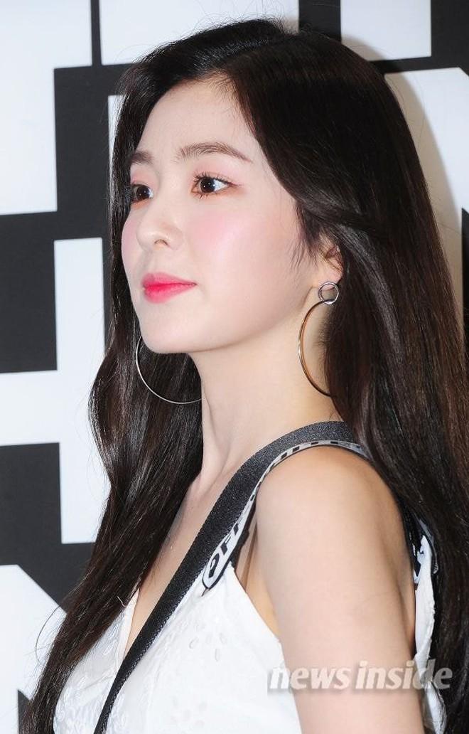 Irene lại bị stylist lên đồ xấu ná thở nhưng may là gỡ lại được bởi makeup xuất sắc - ảnh 7
