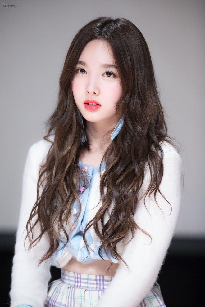 BXH nữ idol Kpop hot nhất hiện nay: Bất ngờ chỉ 2 mỹ nhân BLACKPINK lọt top 10, nhưng hạng 2 và 3 mới gây bất ngờ - Ảnh 4.