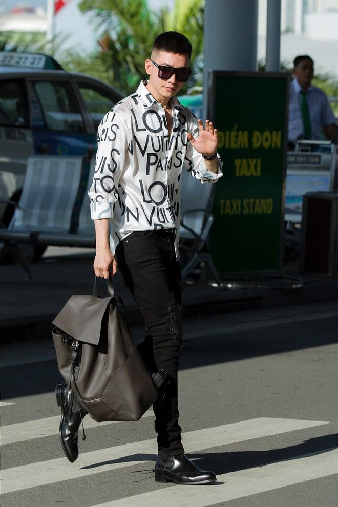 Võ Cảnh xuất hiện nổi bật và cực điển trai tại sân bay sang Pháp dự Liên hoan phim Cannes - ảnh 2