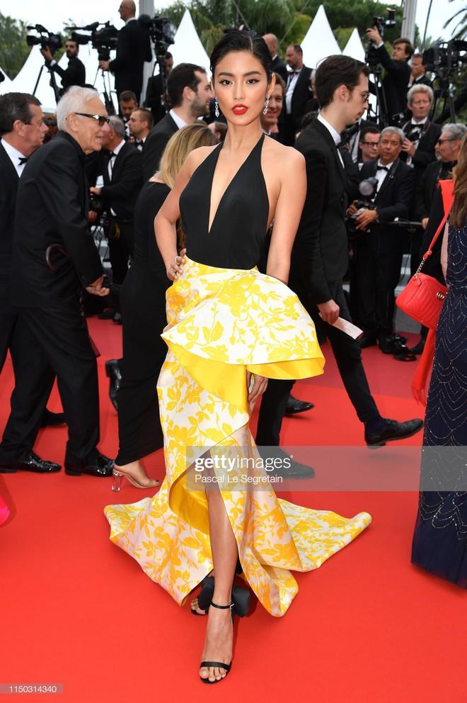 Thảm đỏ Cannes ngày 5: Ngọc Trinh gây sốc toàn tập với trang phục hở bạo đốt mắt bên dàn mỹ nhân thế giới - ảnh 3
