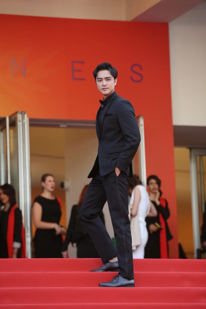 Xuất hiện trẻ trung tại Cannes, khán giả thắc mắc: Thời gian bỏ quên Hoàng tử ếch Minh Đạo mất rồi! - ảnh 2