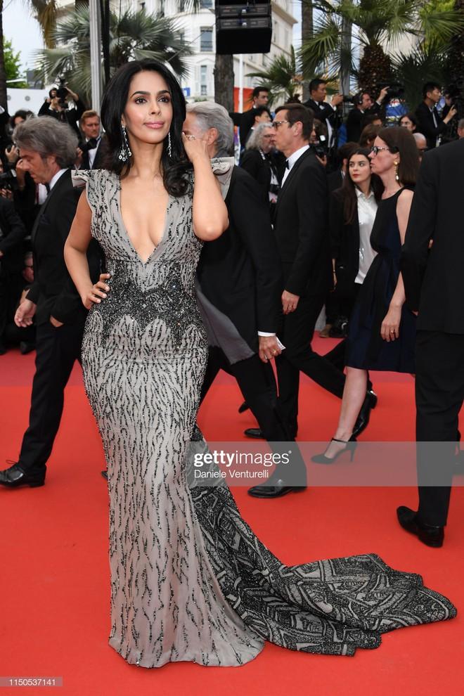 Cannes ngày 6: Chương Tử Di thần thái ngút ngàn, Hoa hậu đẹp nhất mọi thời đại đè bẹp loạt mỹ nhân Hollywood - Ảnh 17.