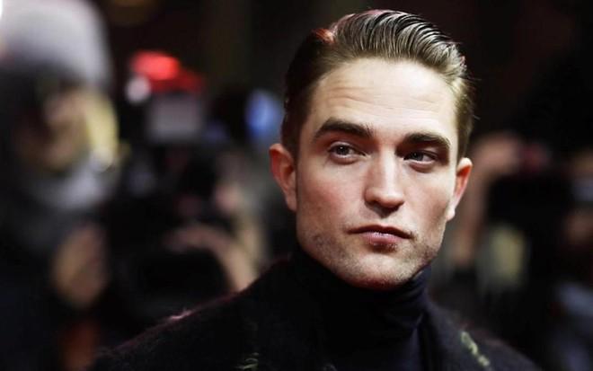 Thời tới cản sao nổi, xem ngay những lý do vì sao đây là thời điểm vàng để Robert Pattinson vào vai Batman - ảnh 1