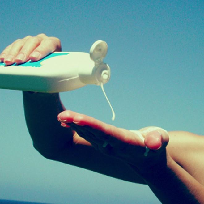 Kem chống nắng giả tràn lan, bạn nên cẩn thận kẻo rước phải hàng tá thứ bệnh khi dùng - ảnh 3