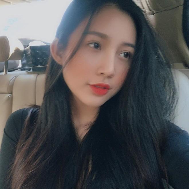 Thành viên mới của hội girl xinh Việt lên báo nước ngoài: Cười siêu đẹp, body siêu hot - ảnh 12
