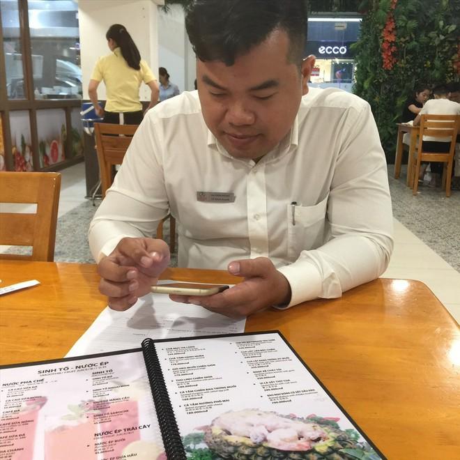 Nhiều nhà hàng ở TP.HCM ngừng bán tôm càng đỏ - ảnh 4