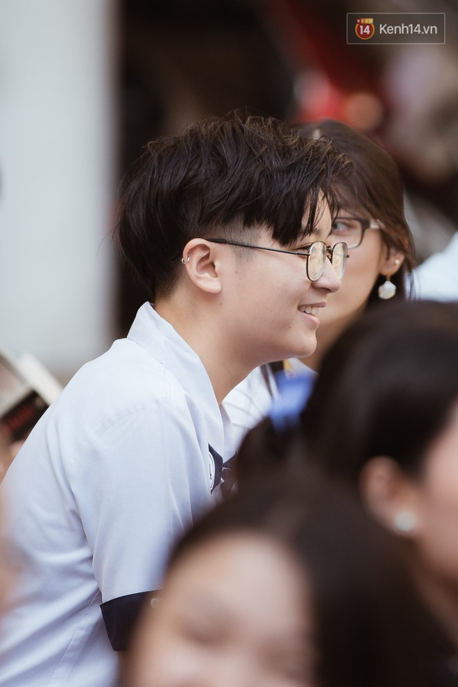 Không khóc lóc ỉ ôi ngày bế giảng, học sinh TPHCM cười phớ lớ tạm biệt tuổi học trò - ảnh 5