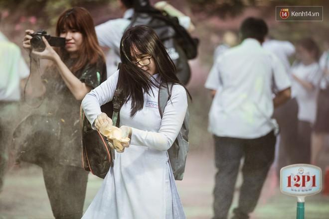 Bế giảng trường THPT hơn 100 tuổi, lâu đời bậc nhất Việt Nam: Cả một trời trai xinh gái đẹp - ảnh 21