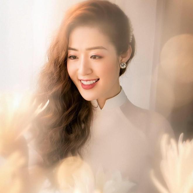 """Giảm liền tù tì 8kg và """"hi sinh"""" 2 chiếc răng khểnh, MC đài Quảng Ninh được mệnh danh là  """"nữ thần thời tiết"""" - ảnh 9"""