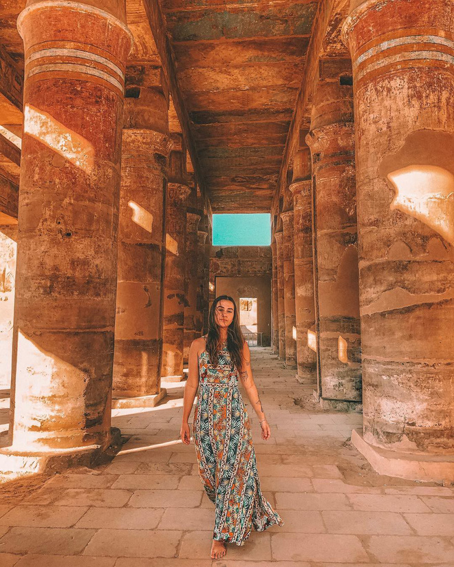 Đền Karnak: Bảo tàng ngoài trời lớn nhất thế giới, khiến giới blogger du lịch mê mẩn khi đặt chân đến Ai Cập - Ảnh 8.