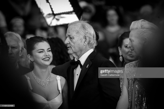 Top khoảnh khắc đắt giá nhất Cannes 2019: Dàn mỹ nhân 9X bất ngờ chiếm đa số, Selena và cặp đôi Brooklyn ấn tượng mạnh - ảnh 1