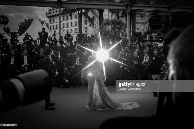 Top khoảnh khắc đắt giá nhất Cannes 2019: Dàn mỹ nhân 9X bất ngờ chiếm đa số, Selena và cặp đôi Brooklyn ấn tượng mạnh - ảnh 22