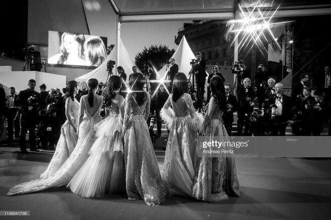 Top khoảnh khắc đắt giá nhất Cannes 2019: Dàn mỹ nhân 9X bất ngờ chiếm đa số, Selena và cặp đôi Brooklyn ấn tượng mạnh - ảnh 21