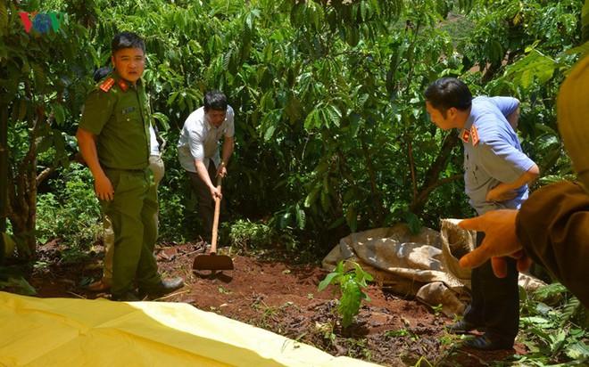Vụ 3 bà cháu bị sát hại ở Lâm Đồng: Thả chồng và con của nghi can - ảnh 2