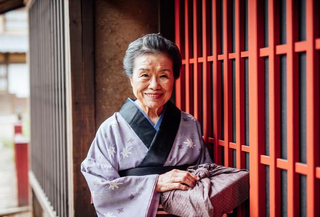 """Bí quyết sống """"bất tử"""" của người Nhật Bản chỉ gói gọn đơn giản trong MỘT TỪ mà khiến hàng triệu người trên thế giới học tập, có người dành cả đời cũng chưa ngộ ra được - ảnh 1"""