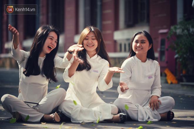 Không hổ danh là con gái Huế, dàn nữ sinh trường Quốc học khiến bao người ngẩn ngơ vì vẻ đẹp trong sáng, dịu dàng - ảnh 3