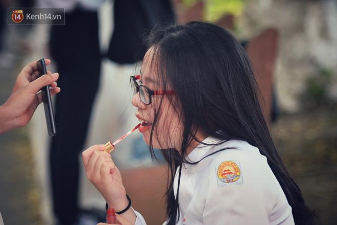 Không hổ danh là con gái Huế, dàn nữ sinh trường Quốc học khiến bao người ngẩn ngơ vì vẻ đẹp trong sáng, dịu dàng - ảnh 21