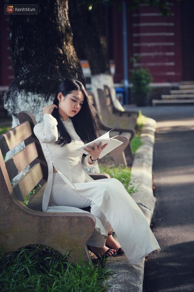 Không hổ danh là con gái Huế, dàn nữ sinh trường Quốc học khiến bao người ngẩn ngơ vì vẻ đẹp trong sáng, dịu dàng - ảnh 7