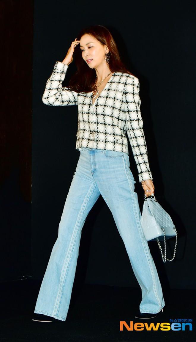 Sự kiện Chanel tại Seoul: Kristen Stewart xuất hiện với diện mạo dọa ma, chị em nhà Jessica - Krystal xuống sắc - ảnh 11